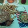 Big Boobs-Burger
