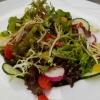 kleinen Salat der Saison