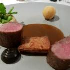 Foto zu Gaststätte Zur Krone: Lammrücken Artischocke mit Soja Geräucherte Aubergine Lammjus
