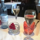 Foto zu Fischrestaurant Blinkfür: Champagner zum Aperitif