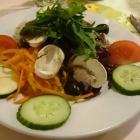 Foto zu Pizzeria Costa Smeralda: kleiner Beilagensalat