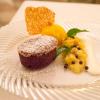 4.Schokoladenauflauf und Mango-Ananas-Ragout mit Sorbet