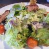 Gekräutertes Spanferkelfilet auf Kingsize-Salatbettttbett