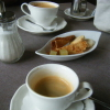 Kaffee (hinten) und Espresso (vorne)