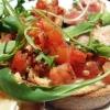 Bruschetta klassisch mit Tomaten