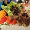 Charolais-Rind mit Salat (oder umgekehrt?)