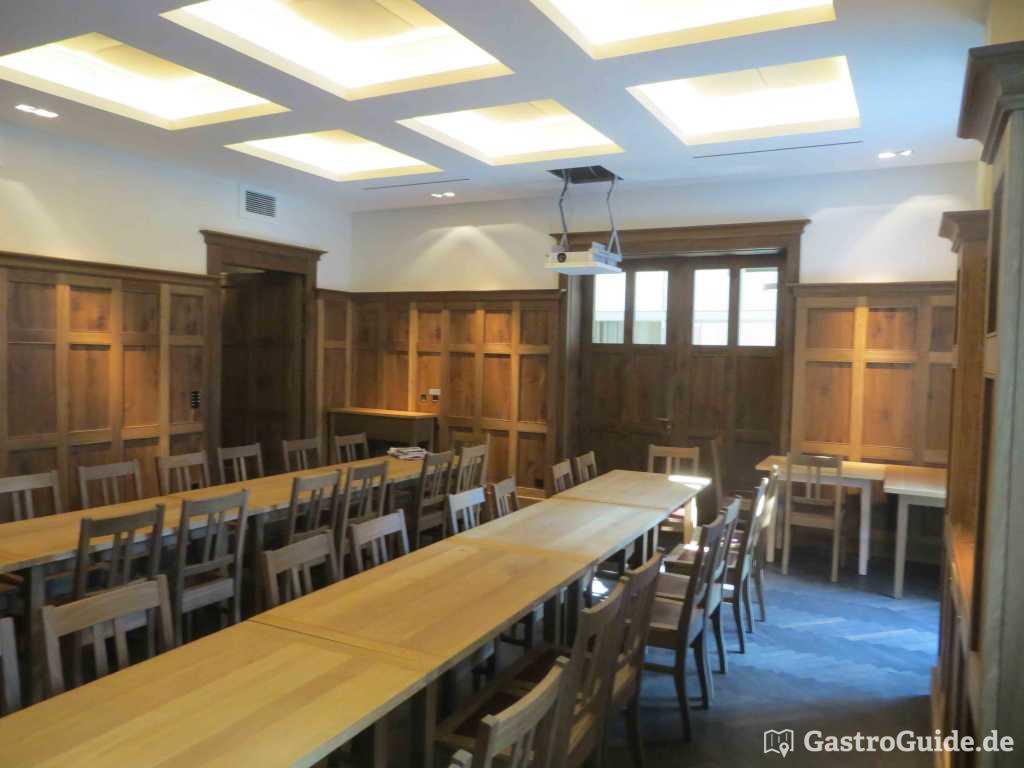 paulaner br uhaus restaurant biergarten brauhaus in. Black Bedroom Furniture Sets. Home Design Ideas