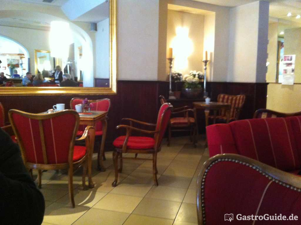 bewertungen caf im hotel goldenes kreuz restaurant in 93047 regensburg. Black Bedroom Furniture Sets. Home Design Ideas