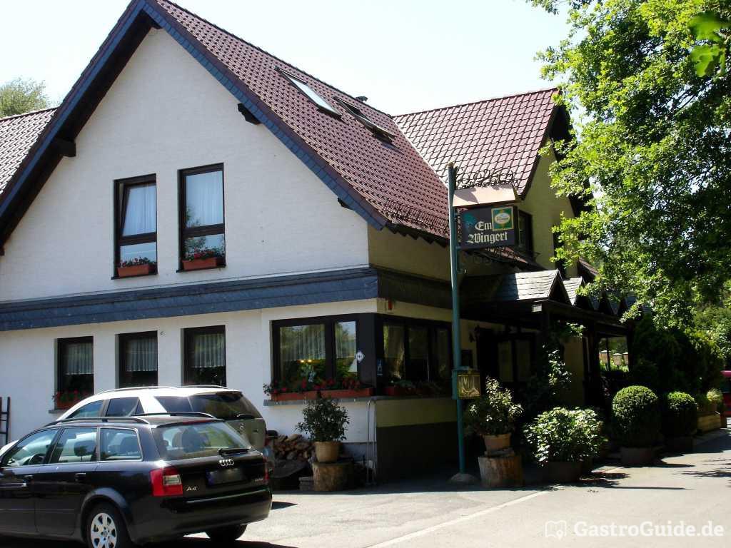 em wingert restaurant hotel in 53773 hennef. Black Bedroom Furniture Sets. Home Design Ideas