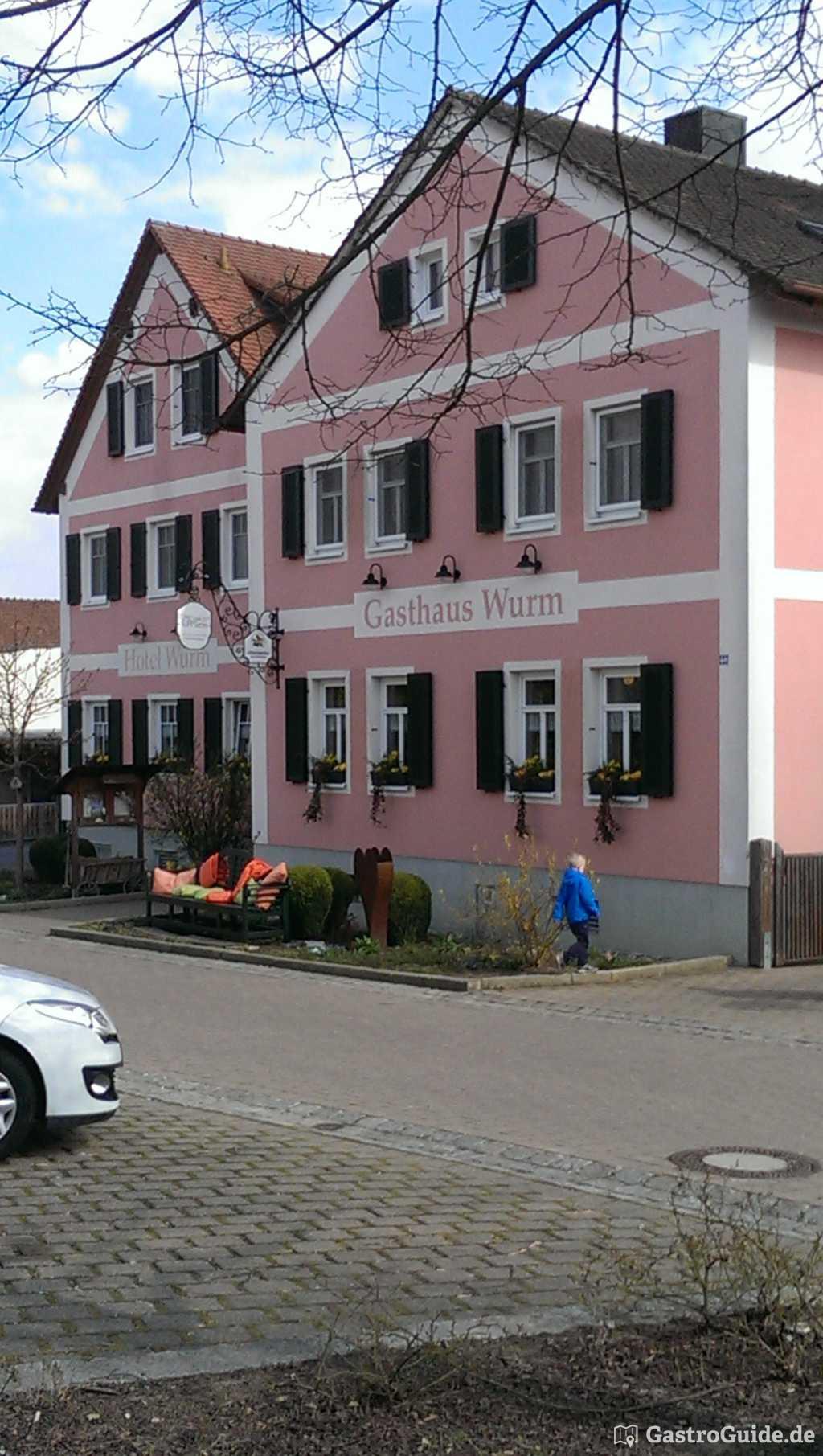 gasthaus hotel wurm sternerestaurant g stezimmer sternehotel in 96114 hirschaid. Black Bedroom Furniture Sets. Home Design Ideas