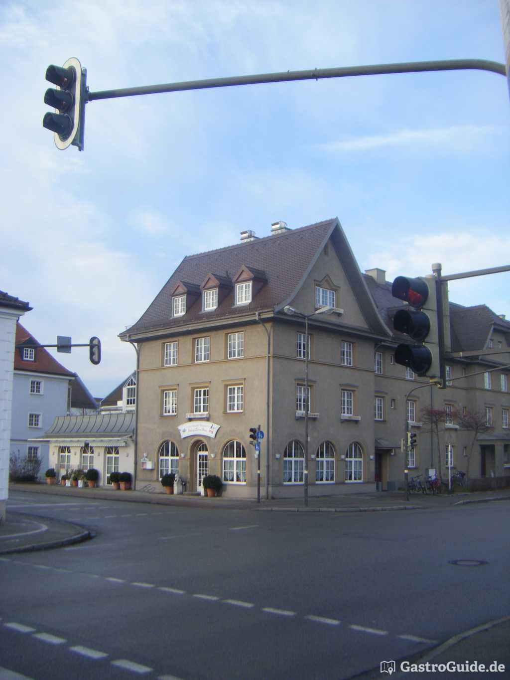 Peking Enten Haus Restaurant in Burghausen