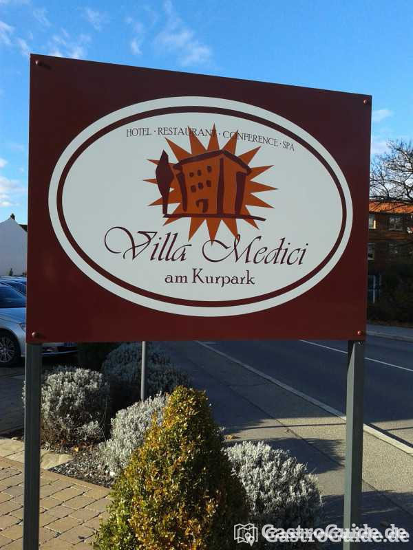 ristorante dolce vita villa medici restaurant sternehotel in 76669 bad sch nborn mingolsheim. Black Bedroom Furniture Sets. Home Design Ideas