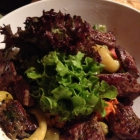 Foto zu Zum Wildschütz: Salat mit Ochsenfetzen