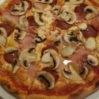 Foto zu Da Roberto - Zur Dorfschmiede: Pizza Capriciosa
