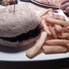 Foto zu Oylnspygl: Bacon-Burger im Menu