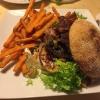 Wildschwein-Burger