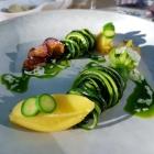 Foto zu Elements · Restaurant: Gefüllte Zucchiniblüte, Steinpilz, Parmesan