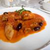 Kaninchen Keule und Filet in Tomatensugo mit Pilz Risotto