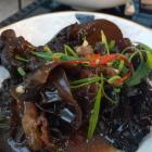Foto zu JingJing Asia: Salat von Wolkenohr-Pilzen
