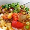 Indonesisches Rinderhack-Curry mit Gemüse und Sojasauce