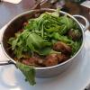Rinderhüftstreifen in fruchtiger Tomatensoße mit Champignons und Kirschtomaten, auf Fusilli serviert für 15,22 € natürlich mit Parmesan zuzüglich 2,57 €