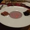 Rotkohlsuppe mit Limetten Liasion und zweierlei Gans
