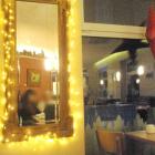 Foto zu Biobäckerei Schomaker: Spiegel an der Wand