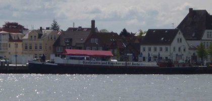 Bild von Gaststätten und Räucherschiff MS Herta