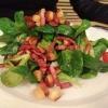 Feldsalat mit Speck und Croutons