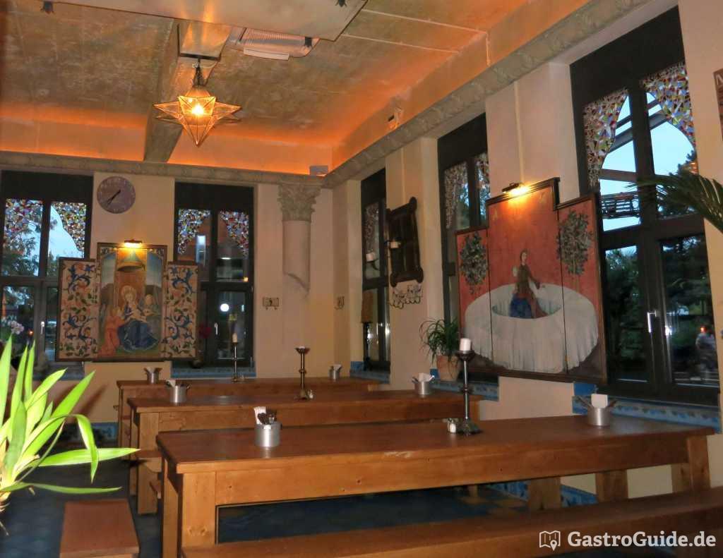 frango portugu s schwanenh fe restaurant in 40233 d sseldorf flingern s d. Black Bedroom Furniture Sets. Home Design Ideas