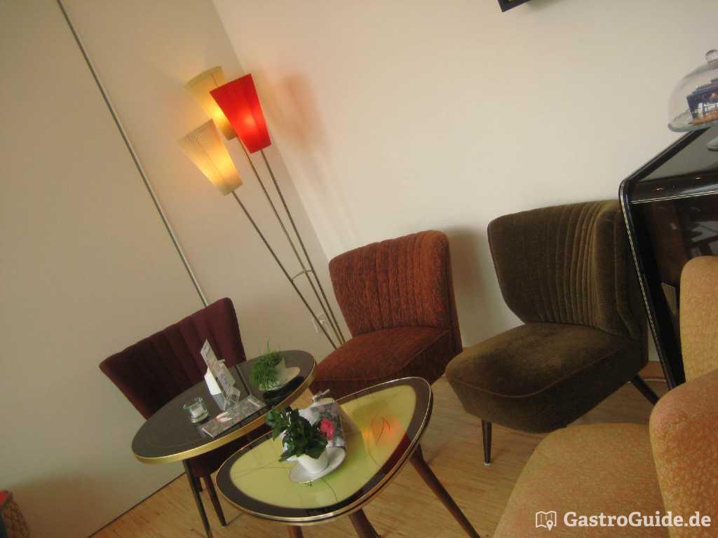 die 50er jahre leben gastroguide. Black Bedroom Furniture Sets. Home Design Ideas