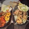 Die feinsten Bissen aus dem Tandoor-Ofen für Sie zusammengestellt: Hühnchen, Lamm, Fisch und Riesen-Garnelen & Tikka Malay Kebab - Zarte Hühnchenfleischstücke in unserer Spezialsauce mariniert undim Tandoor Ton-Ofen gegrillt