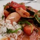 Foto zu Thalassa: Geschmorte Calamaretti in pikanter Gemüsesauce