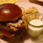 Foto zu Idarer Brauhaus: 20.12.16 Der Wildburger... überzeugte nicht so sehr, dafür der Coleslawsalat als Beilage