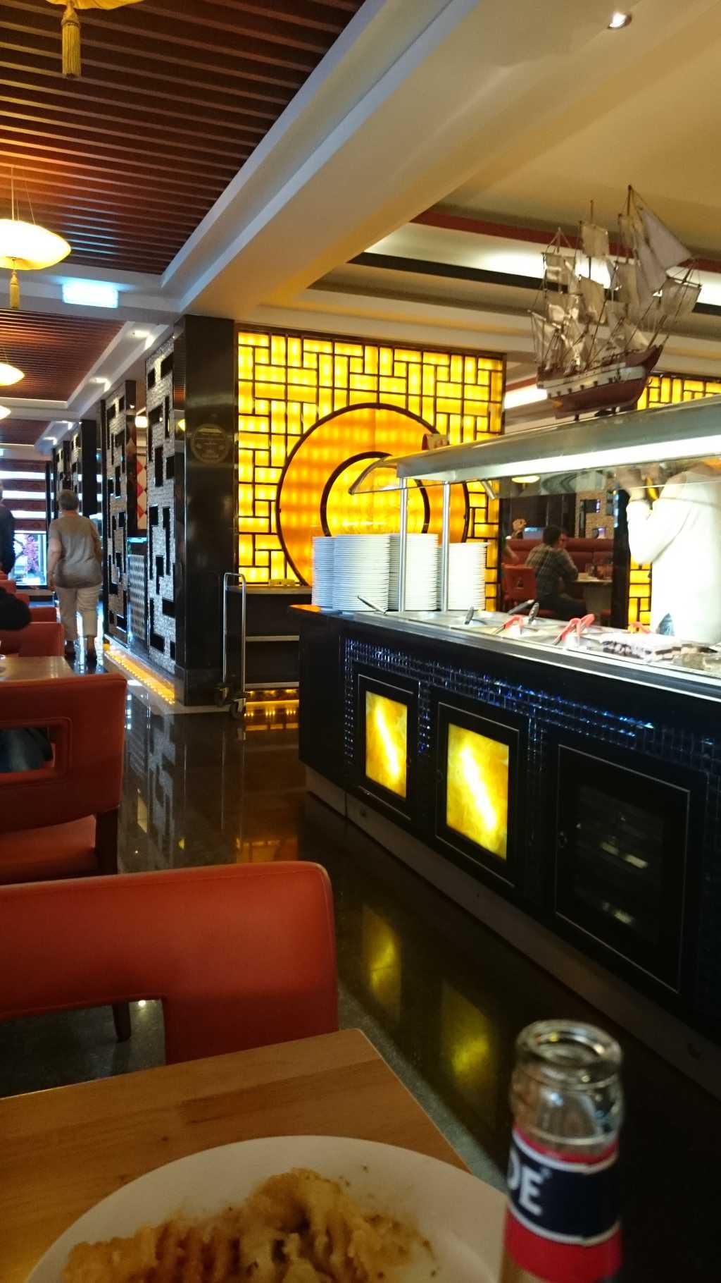 gourmet tempel restaurant xxl restaurant in 71634 ludwigsburg. Black Bedroom Furniture Sets. Home Design Ideas