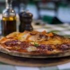 Foto zu Alte Schule · Cucina Italiana · Balmer See: Pizza