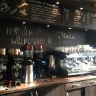 Foto zu Café Moka: Bar des Cafés