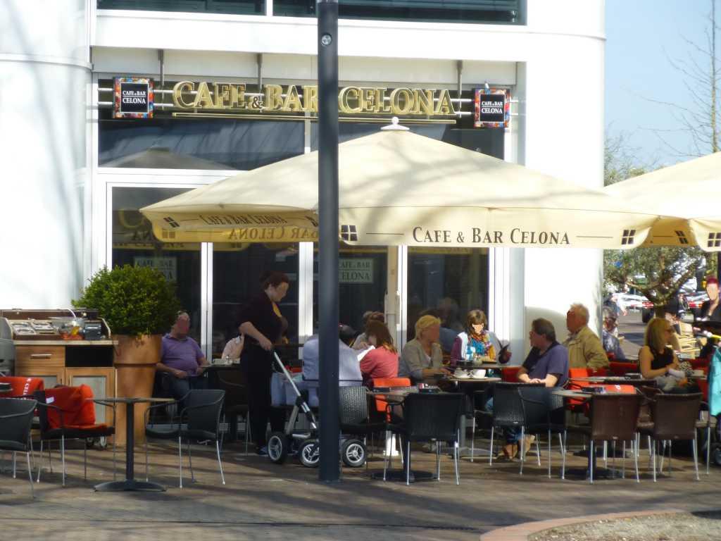 Cafe Bar Celaona Leer