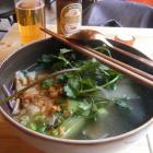 Foto zu L´Atelier  (Indochine Cuisine de la Rue): Mí Hoành Thánh (Hühnerbrühe mit Wantantaschen und Eiernudeln etc: