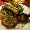 gebeizter Lachs, hausgemachtes Rösti und buntes Salatbouquet