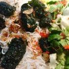 Foto zu Pho Bun Nem Vietnamesische Küche: 37 Bun Cha La Lot - Rindfleisch in Bethelblättern