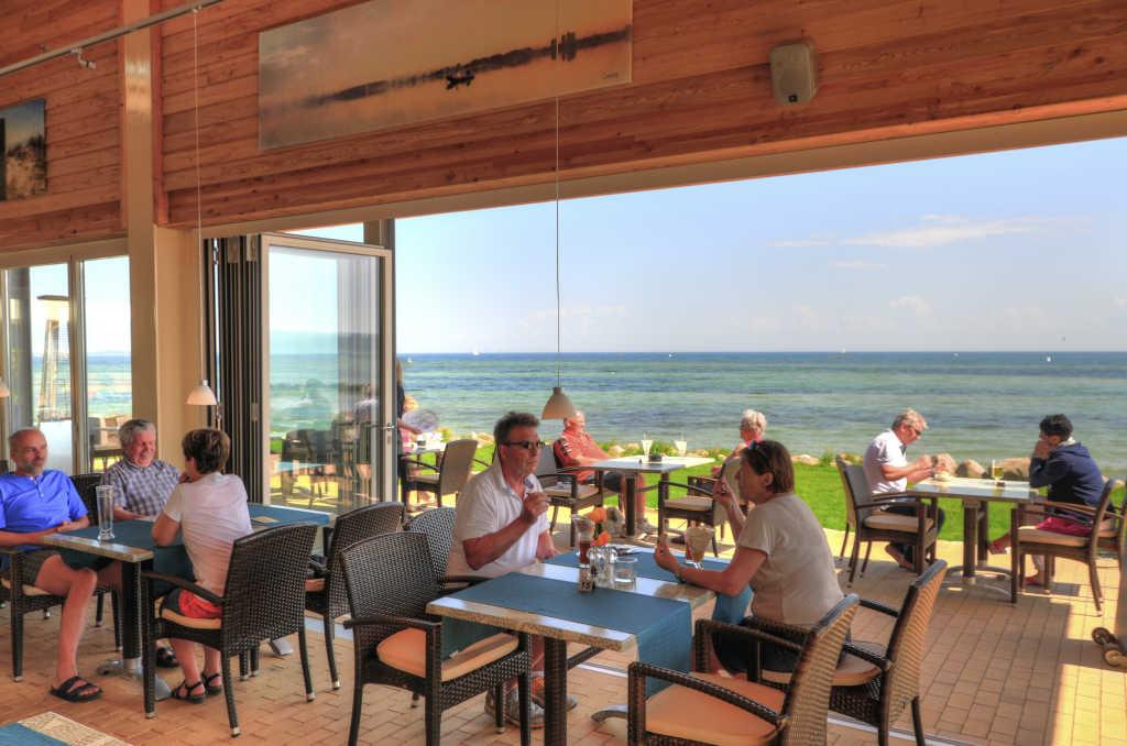 Bild zur Nachricht von Restaurant Seeblick - Ferienpark Wulfener Hals