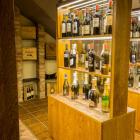 Foto zu Meridas: Weinvitrienen