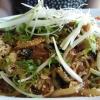 Udon-Nudeln mit Tofu aus dem Wok
