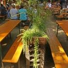 Foto zu Food Court Biergarten: