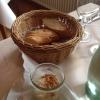 Gruß des Hauses: Zwiebelschmalz mit zwei Sorten Brot