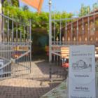 Foto zu Friedrichsfelder Hof: Tor zum Hof-Garten
