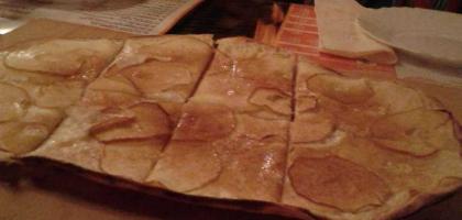 Bild von Marianne's Flammkuchen