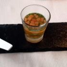 Foto zu Pfaffenberg: Küchengruß - Tomate (Sorbet/weiße Essenz/Küchlein)