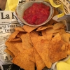 Nachos mit Salsa Dipp